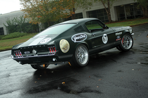 Track Mustang 007